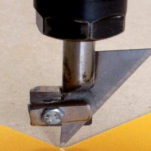 Drag knife detail